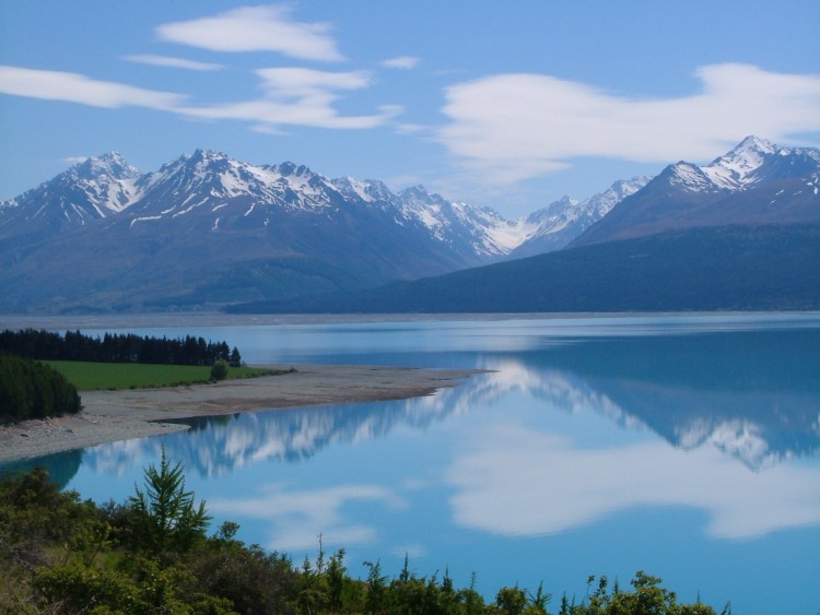 Tasman_Valley_-_Aoraki_Mount_Cook_-_Canterbury.jpg