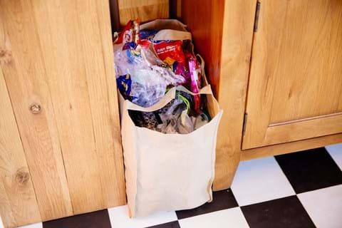 10 ways to say goodbye to plastics 3