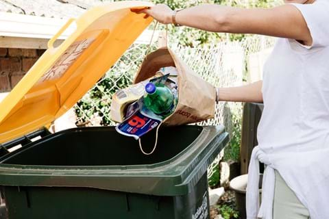 10 ways to say goodbye to plastics 1