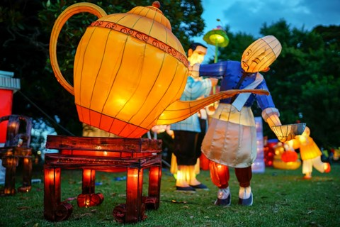 Lantern Festival to light up the waterfront