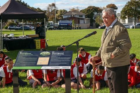 Maori names and stories returned to the whenua3
