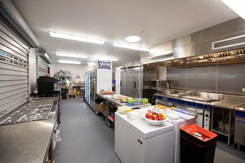 38 391816 Kitchen